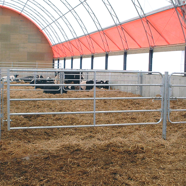 barriere-ferme_barriere-allee_barriere-vache_barriere-galvanise_barriere-canarm